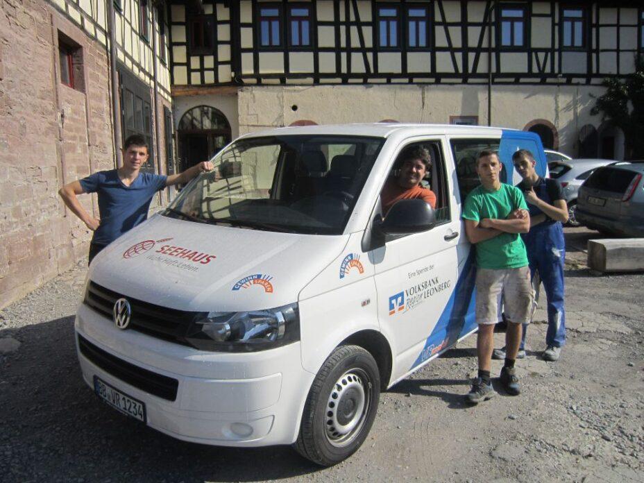 Mobil dank neuem VW-Transporter der Volksbank Leonberg