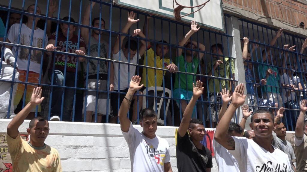 versoehnung-kolumbien-friedensprozess-integration-farc-eln-16